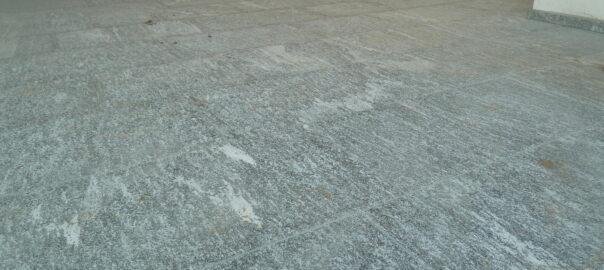 Terassenboden mit Maggia Granitplatten