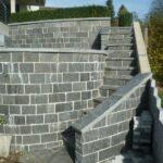 Mauerabdeckung aus Stein
